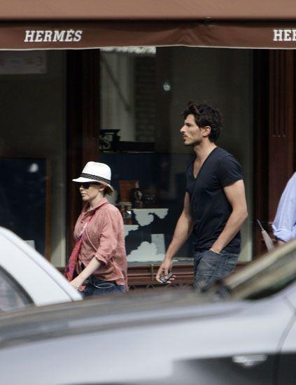 Hat, Street fashion, Sun hat, Automotive window part, Fedora,