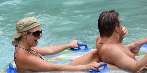 Eyewear, Goggles, Fun, Blue, Recreation, Water, Leisure, Sunglasses, Fluid, Summer,