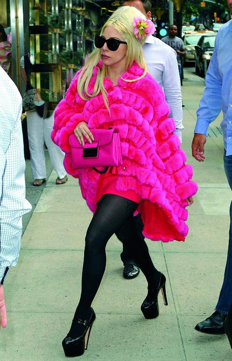 Clothing, Footwear, Eyewear, Leg, Trousers, Textile, Outerwear, Pink, Bag, Magenta,