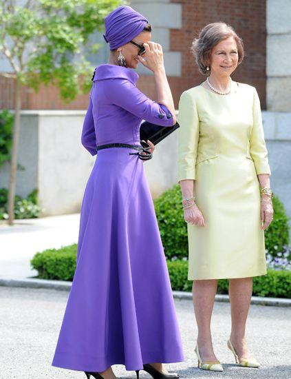 Sleeve, Dress, Purple, Outerwear, Cap, Formal wear, Style, Lavender, Violet, One-piece garment,