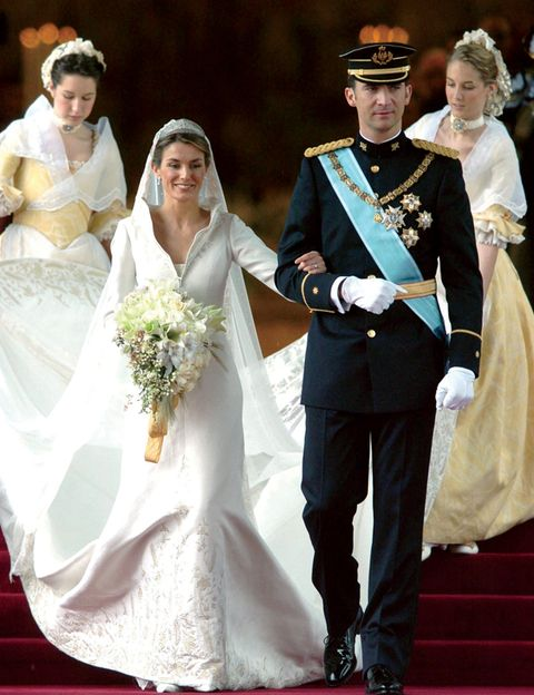 Face, Sleeve, Trousers, Coat, Bridal clothing, Dress, Photograph, Shoe, Gown, Outerwear,