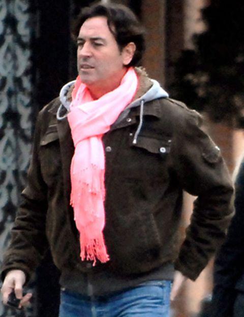 Winter, Sleeve, Jacket, Collar, Denim, Textile, Jeans, Outerwear, Standing, Street fashion,