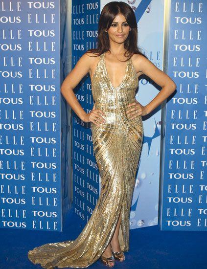 Shoulder, Dress, Style, Electric blue, Fashion, Waist, Fashion model, Cobalt blue, Model, One-piece garment,