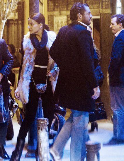 Leg, Trousers, Human body, Winter, Electric blue, Boot, Street fashion, Cobalt blue, Jacket, Majorelle blue,