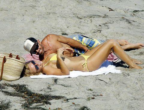 Leg, Human leg, Human body, Basket, Brassiere, Summer, Undergarment, Thigh, Hat, Sand,
