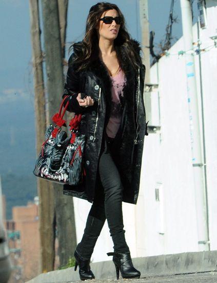Clothing, Eyewear, Textile, Joint, Outerwear, Sunglasses, Bag, Style, Street fashion, Fashion accessory,