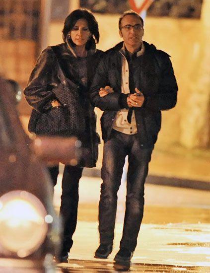 Nose, Jacket, Coat, Trousers, Human body, Jeans, Outerwear, Denim, Street fashion, Fashion,