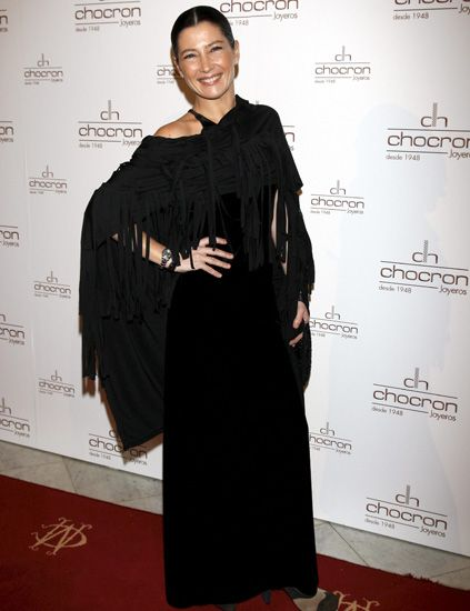 Sleeve, Shoe, Flooring, Dress, Style, Carpet, One-piece garment, Day dress, Fashion design, Little black dress,