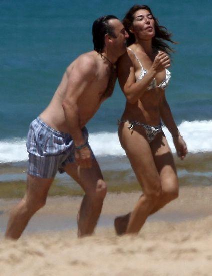 Leg, Fun, People on beach, Brassiere, Human body, Human leg, Photograph, Standing, Summer, Beach,