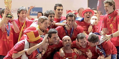 Social group, Team, Active shorts, Playing sports, Costume, Celebrating, Sports jersey, Fan, Football player, Rugby player,