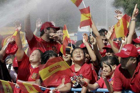 Hand, Hat, Crowd, Celebrating, Headgear, Cap, Fan, Cheering, Baseball cap, Flag,