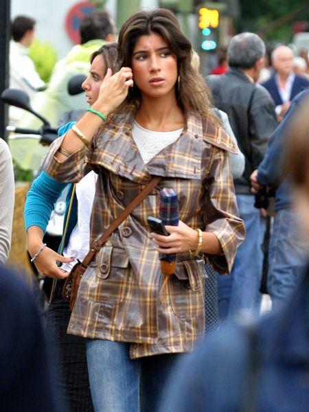Plaid, Dress shirt, Denim, Shirt, Textile, Tartan, Bag, Style, Pattern, Street fashion,
