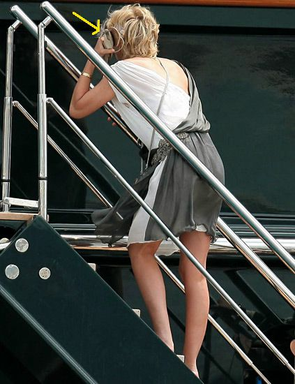 Human leg, Shoulder, Back, Foot, Calf, Blond, Handrail, Boat, Deck,