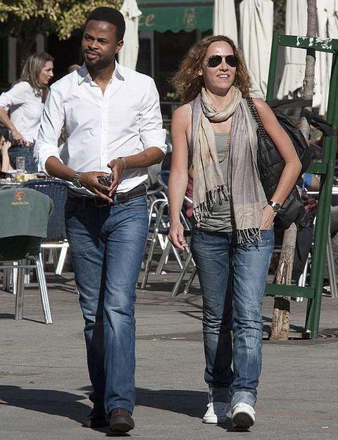 Clothing, Eyewear, Leg, Trousers, Denim, Textile, Jeans, Outerwear, White, Style,