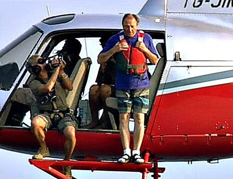 Mode of transport, Aircraft, Airplane, Aviation, Aerospace engineering, Travel, Passenger, Public transport, Air travel, Windshield,