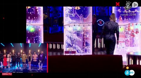 Stage, Violet, Purple, Lighting, Performance, Display device, Music venue, Graphic design, Event, Magenta,