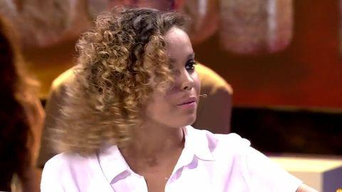 Hair, Hairstyle, Chin, Human, Long hair, Neck, Brown hair, Hair coloring, Black hair,
