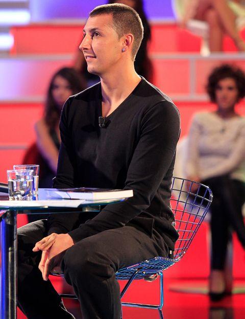 Chair, Net, Racquet sport,