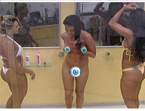 Joint, Thigh, Chest, Undergarment, Muscle, Swimsuit bottom, Trunk, Bikini, Swimwear, Stomach,