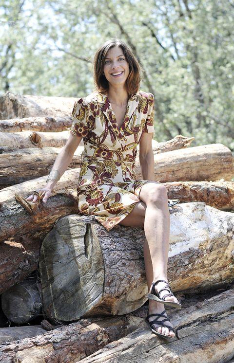 Brown, Human leg, Rock, People in nature, Summer, Sitting, Beauty, Bedrock, Dress, Youth,