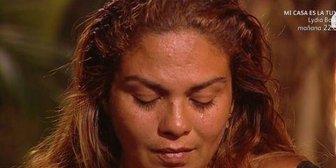 Hair, Head, Nose, Lip, Hairstyle, Skin, Chin, Forehead, Eyebrow, Jewellery,