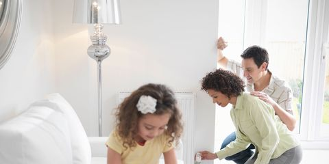 Comfort, Interior design, Sitting, Room, Flooring, Interior design, Knee, Living room, Foot, Barefoot,