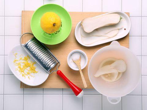 Food, Tableware, Lemon, Kitchen utensil, Dishware, Breakfast, Citrus, Plate, Dish, Serveware,