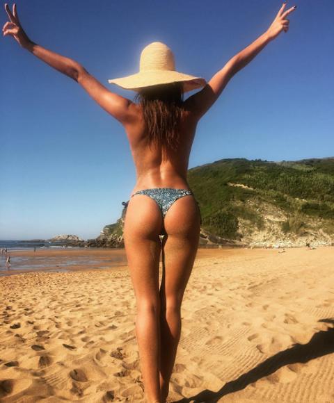 Sand, Hat, Fun, Human leg, Landscape, People in nature, Summer, Swimwear, Sunlight, People on beach,