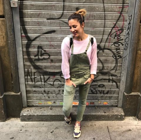 Clothing, Street fashion, Pink, Jeans, Snapshot, Fashion, Denim, Sportswear, Outerwear, Trousers,