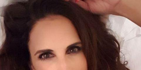 Hair, Face, Eyebrow, Hairstyle, Beauty, Chin, Forehead, Brown hair, Lip, Skin,