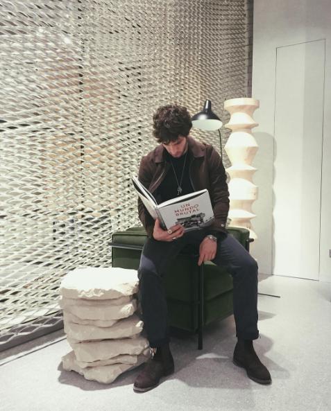 Shoe, Sitting, Wall, Reading, Brick,