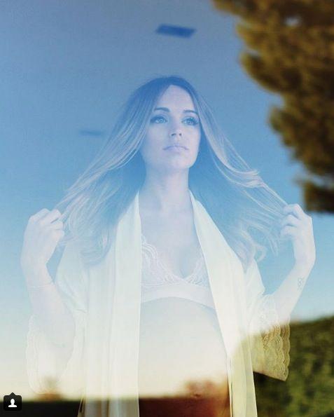 Hair, Sky, Beauty, Long hair, Photography, Blond, Sunlight, Tree, Portrait, Cloud,