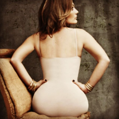 Back, Shoulder, Joint, Abdomen, Sitting, Waist, Trunk, Human body, Photography, Stomach,