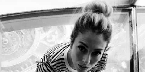 White, Black, Black-and-white, Monochrome, Monochrome photography, Beauty, Hairstyle, Shoulder, Eye, Leg,
