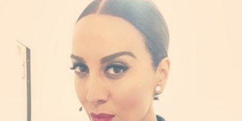 Hair, Face, Eyebrow, Lip, Hairstyle, Forehead, Beauty, Head, Chin, Nose,