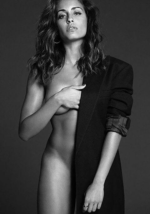 Model, Black-and-white, Beauty, Lip, Photo shoot, Monochrome photography, Shoulder, Long hair, Art model, Monochrome,