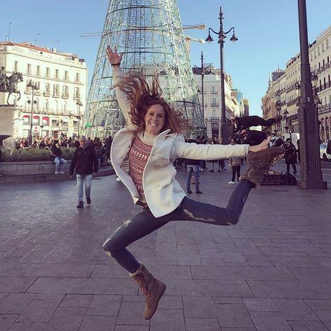 Daytime, Beauty, Sky, Snapshot, Leg, Fashion, Footwear, Urban area, Street fashion, Tree,