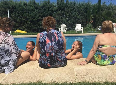 Water, Sun tanning, Fun, Summer, Leisure, Vacation, Sitting, Tree, Recreation, Beach,