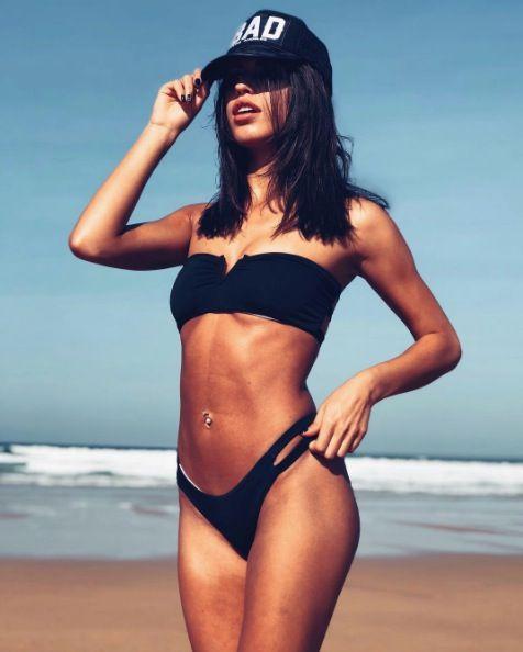 Bikini, Swimwear, Clothing, Photograph, Model, Swimsuit bottom, Beauty, Thigh, Photo shoot, Human leg,