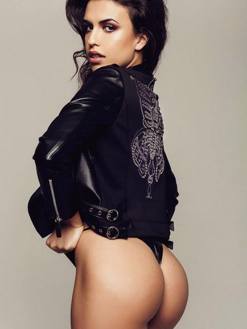 Clothing, Fashion model, Photo shoot, Thigh, Model, Beauty, Shoulder, Black hair, Leg, Lip,