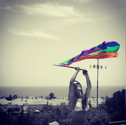 Sky, Colorfulness, Tints and shades, Pole, Flag, Wind, Meteorological phenomenon, Stock photography, Balance,