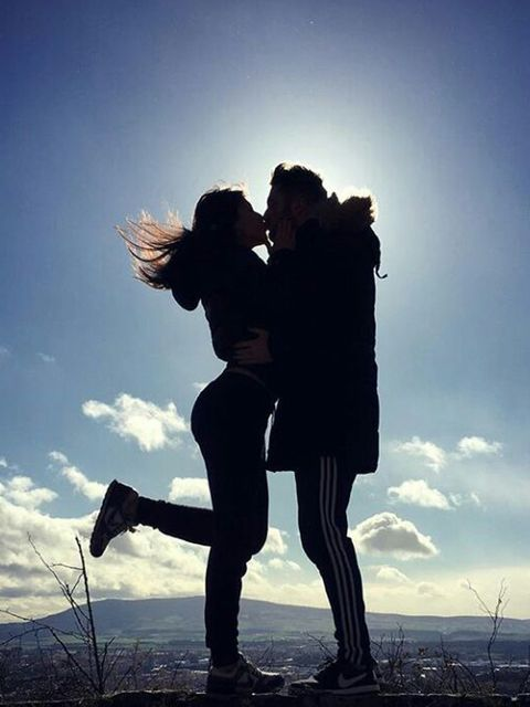 Sky, Happy, People in nature, Interaction, Love, Friendship, Romance, Backlighting, Silhouette, Gesture,