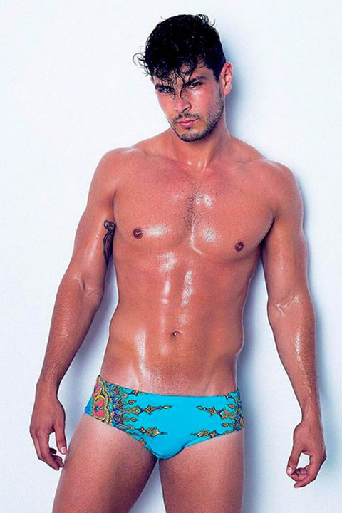 Skin, Human body, Shoulder, Joint, Standing, Chest, Swimwear, Trunk, Muscle, Barechested,