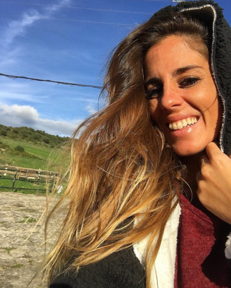 Lip, Hairstyle, Happy, Tooth, People in nature, Long hair, Pasture, Grassland, Brown hair, Street fashion,