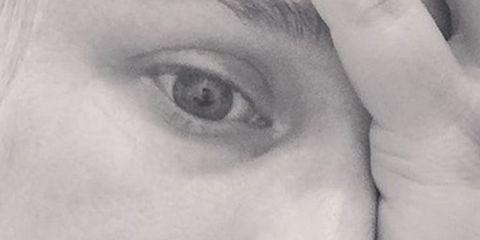 Lip, Cheek, Eye, Chin, Forehead, Eyebrow, Eyelash, Monochrome photography, Monochrome, Style,