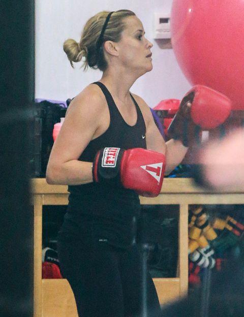 Sports uniform, Shoulder, Sleeveless shirt, Sportswear, Elbow, Sports equipment, Boxing glove, Balloon, Sports, Boxing equipment,