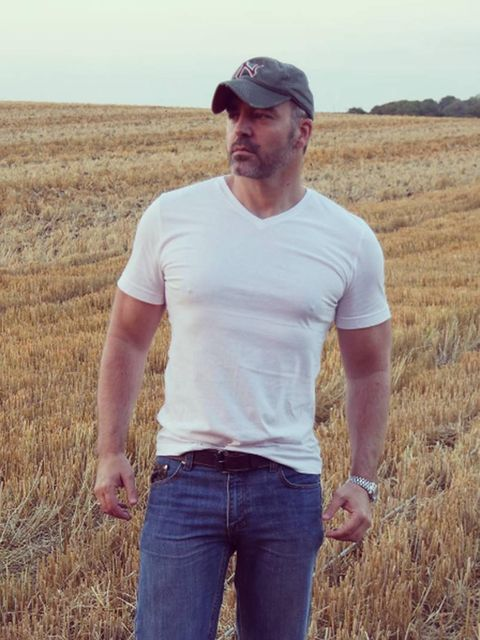Cap, Human, Agriculture, Trousers, Denim, Jeans, Farm, Field, People in nature, T-shirt,