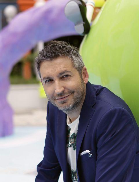 Green, Collar, Balloon, Purple, World, Facial hair, Party supply, Beard, Inflatable, Moustache,