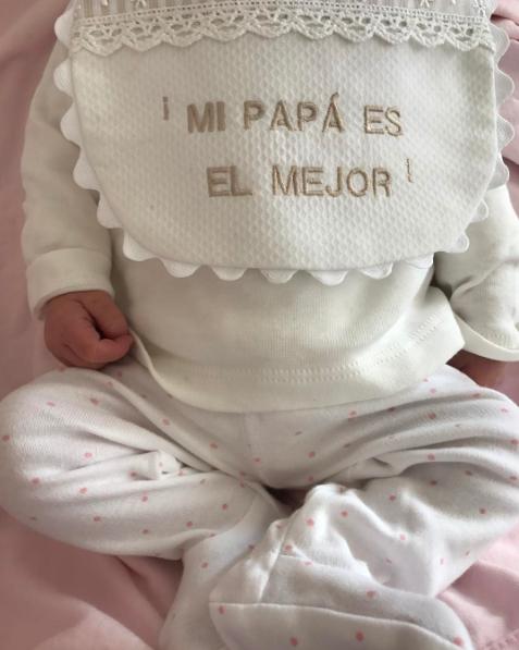 White, Pink, Font, Baby, Headgear, Hand, Child, Lace, Beige, Bonnet,