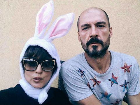 Beard, Facial hair, Rabbits and Hares, Cool, Moustache, Sweater, Rabbit, Active shirt, Hare, Domestic rabbit,